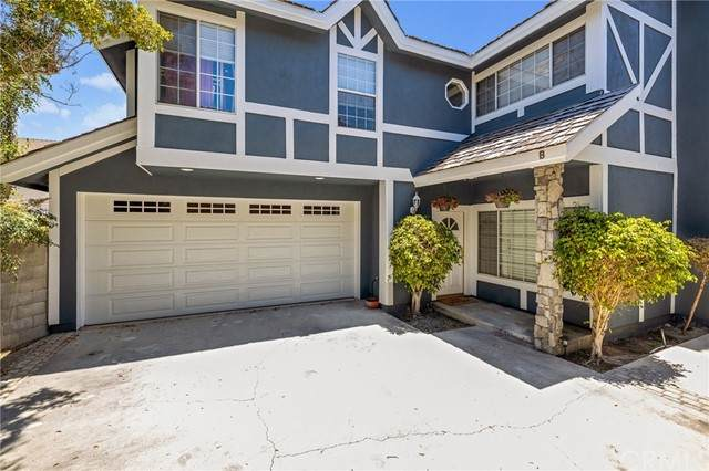 2502 Harriman Lane B, Redondo Beach, CA 90278 (#SB21120149) :: Go Gabby