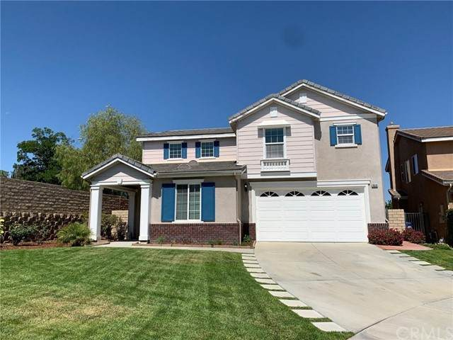 19519 White Rock Court, Newhall, CA 91321 (#PW21119302) :: Team Forss Realty Group