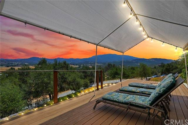 47445 Rainbow Oaks Drive, Temecula, CA 92592 (#SW21121521) :: Realty ONE Group Empire