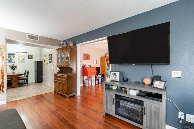 10233 Kerrigan Street, Santee, CA 92071 (#NDP2106517) :: Berkshire Hathaway HomeServices California Properties