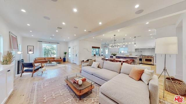 1753 Stearns Drive, Los Angeles (City), CA 90035 (#21734378) :: TeamRobinson | RE/MAX One