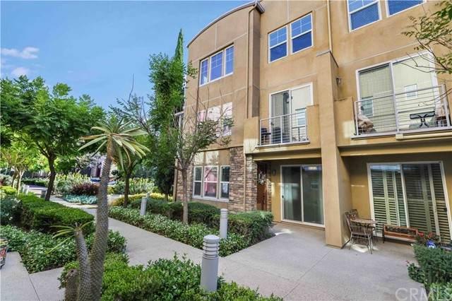 233 E Jeanette Lane, Santa Ana, CA 92705 (#CV21124198) :: Better Living SoCal