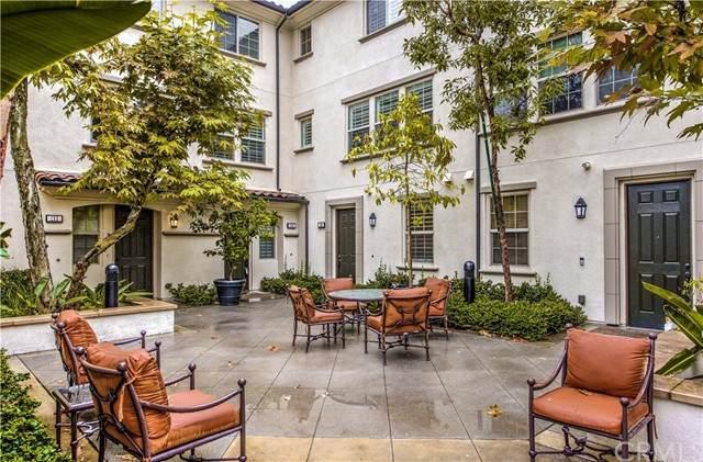 139 Silverado, Irvine, CA 92618 (MLS #OC21123523) :: Desert Area Homes For Sale