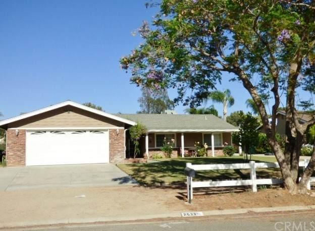 2533 Bronco Lane, Norco, CA 92860 (#TR21124417) :: Wahba Group Real Estate   Keller Williams Irvine