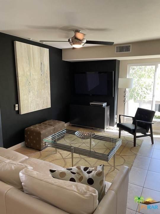 5205 E Waverly Drive #82, Palm Springs, CA 92264 (#21746456) :: Powerhouse Real Estate
