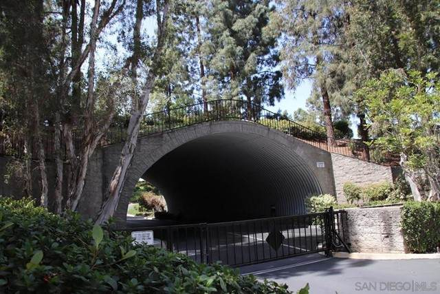 11055 Caminito Vista Pacifica, San Diego, CA 92131 (#210016123) :: Berkshire Hathaway HomeServices California Properties