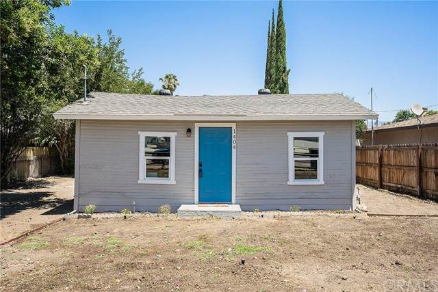1404 E Davidson Street, San Bernardino, CA 92408 (#DW21126026) :: Zember Realty Group