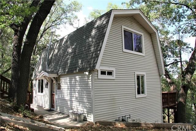 682 Villa Grove Avenue - Photo 1