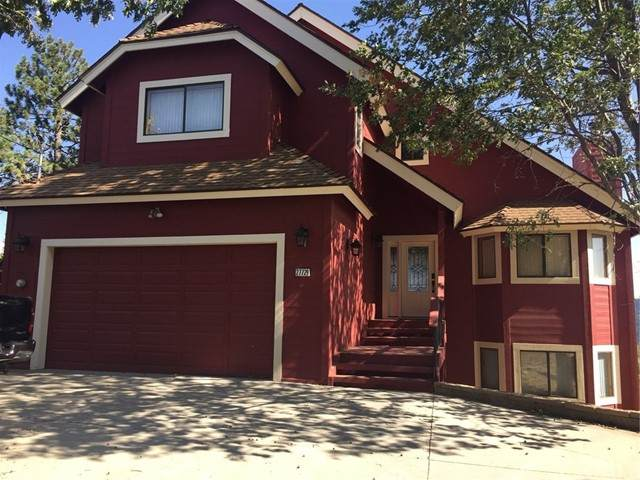 27729 Caribou Drive, Lake Arrowhead, CA 92352 (#EV21129692) :: Team Forss Realty Group