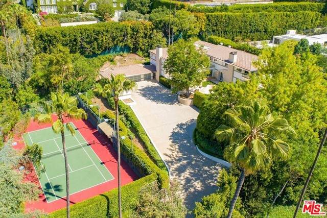 661 Doheny Road, Beverly Hills, CA 90210 (#21748210) :: RE/MAX Empire Properties
