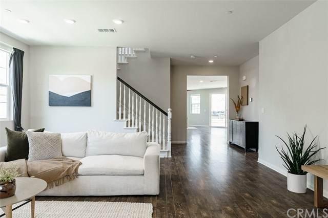 7959 Avenida Tamarindo, San Diego, CA 92129 (#OC21130501) :: The Costantino Group | Cal American Homes and Realty