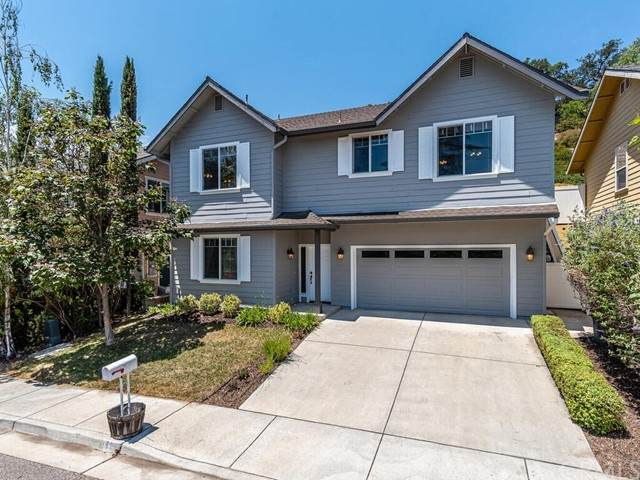 417 Olive Street, Paso Robles, CA 93446 (#NS21130901) :: Compass