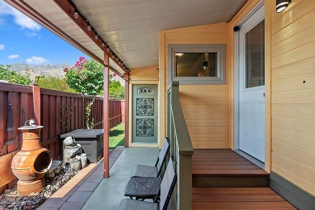 4 Arapaho Street, Palm Springs, CA 92264 (#219063674PS) :: Robyn Icenhower & Associates