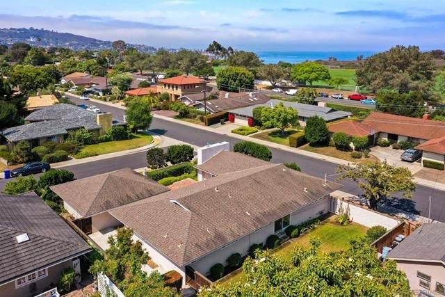 8895 Robin Hood Ln, La Jolla, CA 92037 (#210016993) :: American Real Estate List & Sell