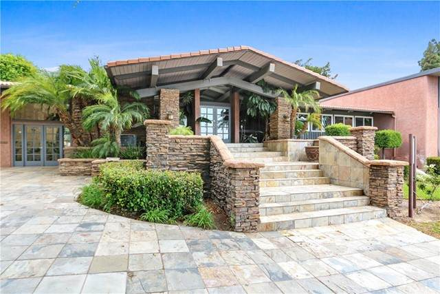 23302 Marigold Avenue Avenue Y203, Torrance, CA 90502 (#SB21131206) :: Bathurst Coastal Properties
