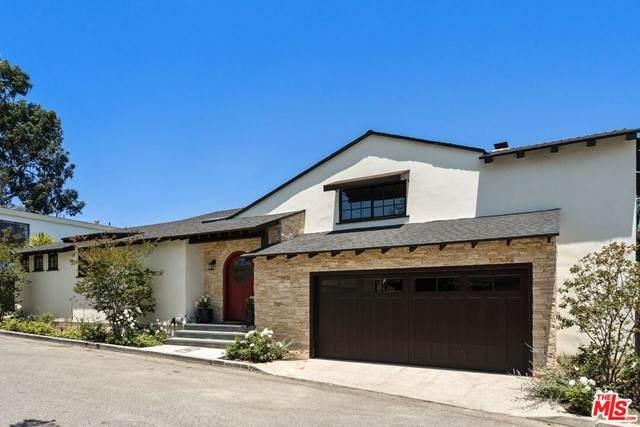 2444 Carman Crest Drive, Los Angeles (City), CA 90068 (#21749458) :: Mint Real Estate