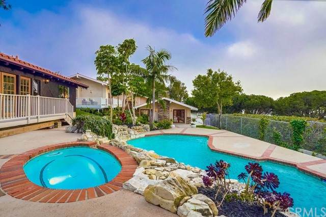 6857 Crest Road, Rancho Palos Verdes, CA 90275 (#SB21128870) :: Robyn Icenhower & Associates