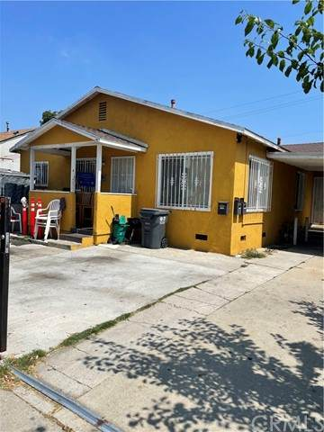 1025 Oaks Street - Photo 1