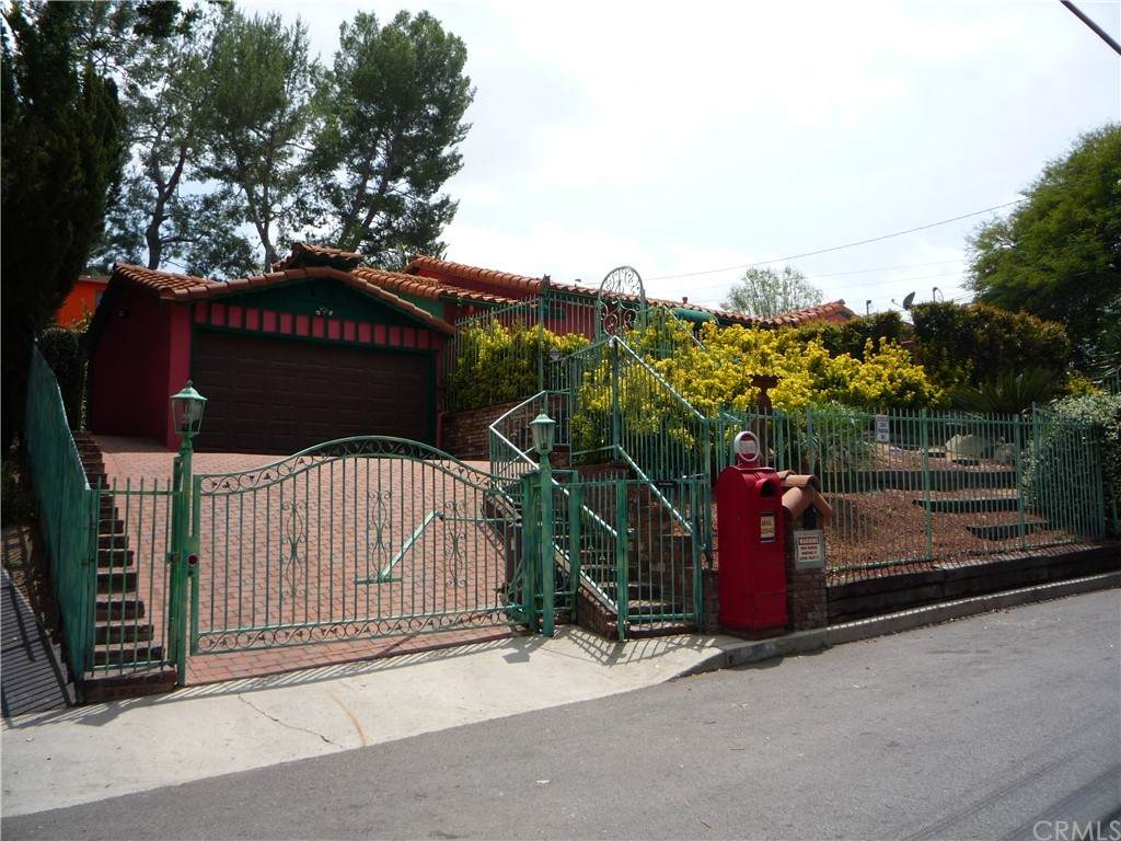 22942 Crespi Street - Photo 1