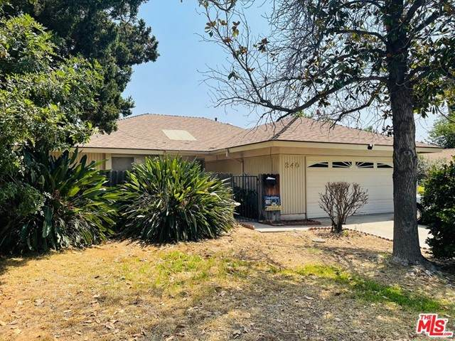 340 Maravilla Drive, Riverside, CA 92507 (#21757998) :: The DeBonis Team