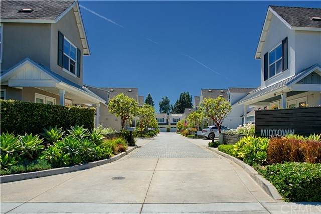 2081 Thurin Street, Costa Mesa, CA 92627 (#NP21147270) :: The Costantino Group   Cal American Homes and Realty