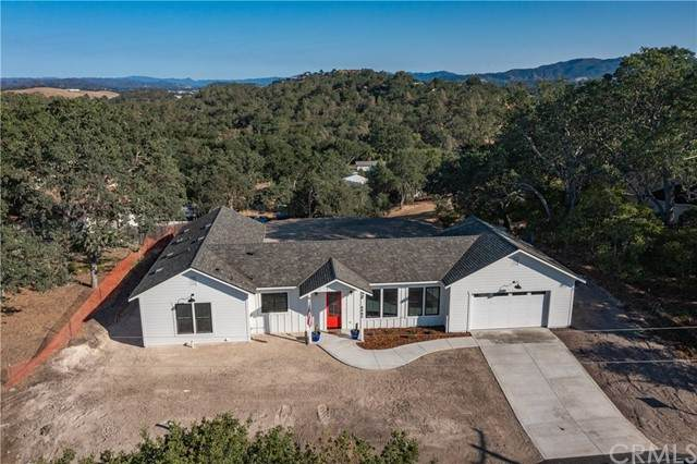 8980 Junipero Avenue, Atascadero, CA 93422 (#NS21150678) :: The Costantino Group | Cal American Homes and Realty
