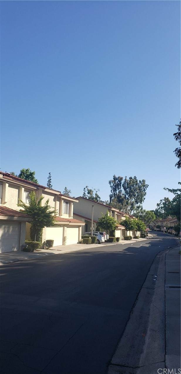823 Whitewater Drive #58, Fullerton, CA 92833 (#PW21156937) :: A|G Amaya Group Real Estate