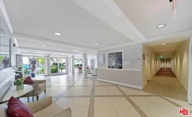4501 Cedros Avenue #241, Sherman Oaks, CA 91403 (#21759400) :: Eight Luxe Homes