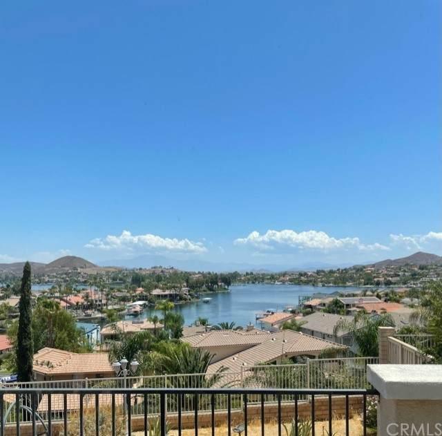 9 Volta Del Tintori Street, Lake Elsinore, CA 92532 (#SW21159494) :: Cochren Realty Team | KW the Lakes