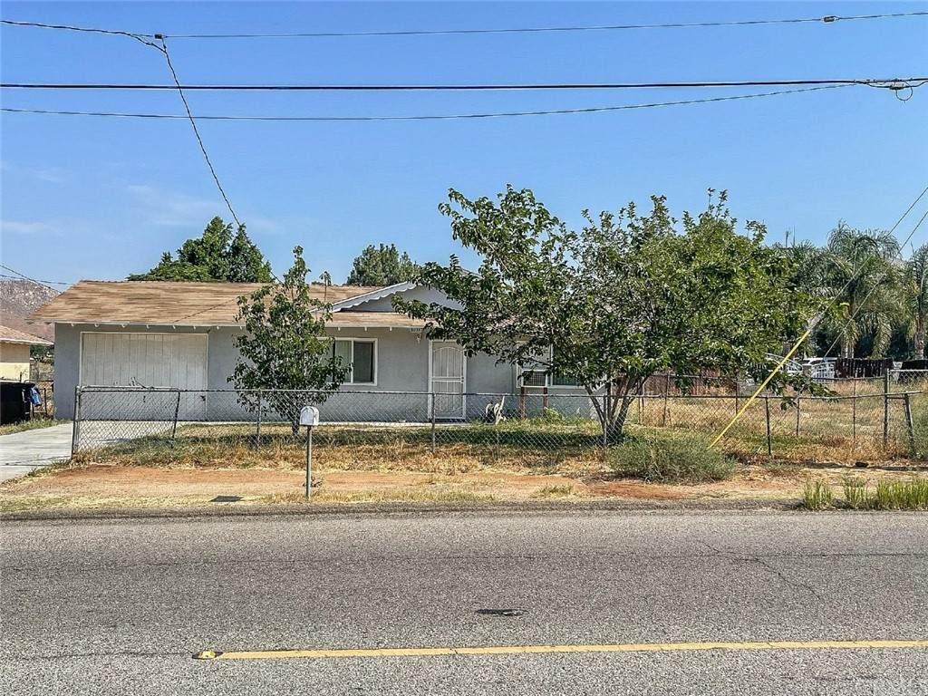 8025 Galena Street - Photo 1