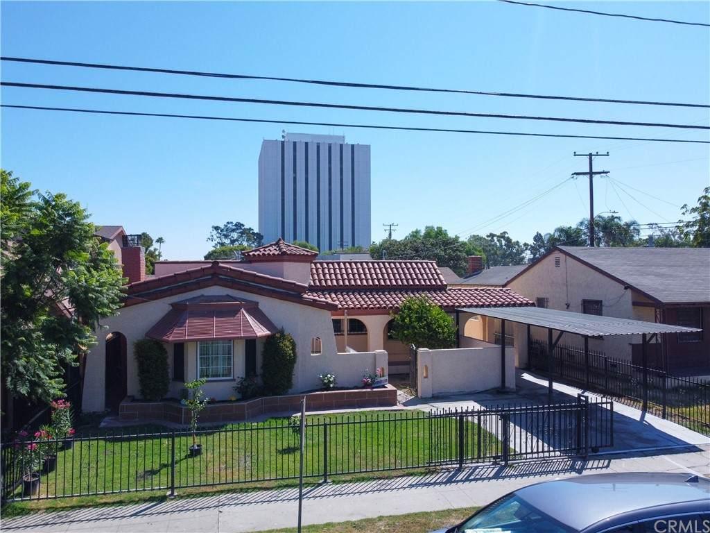 216 Oleander Avenue - Photo 1