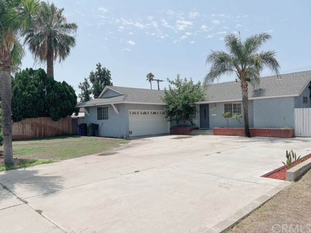 10076 Marion Avenue, Montclair, CA 91763 (#SW21201759) :: Steele Canyon Realty