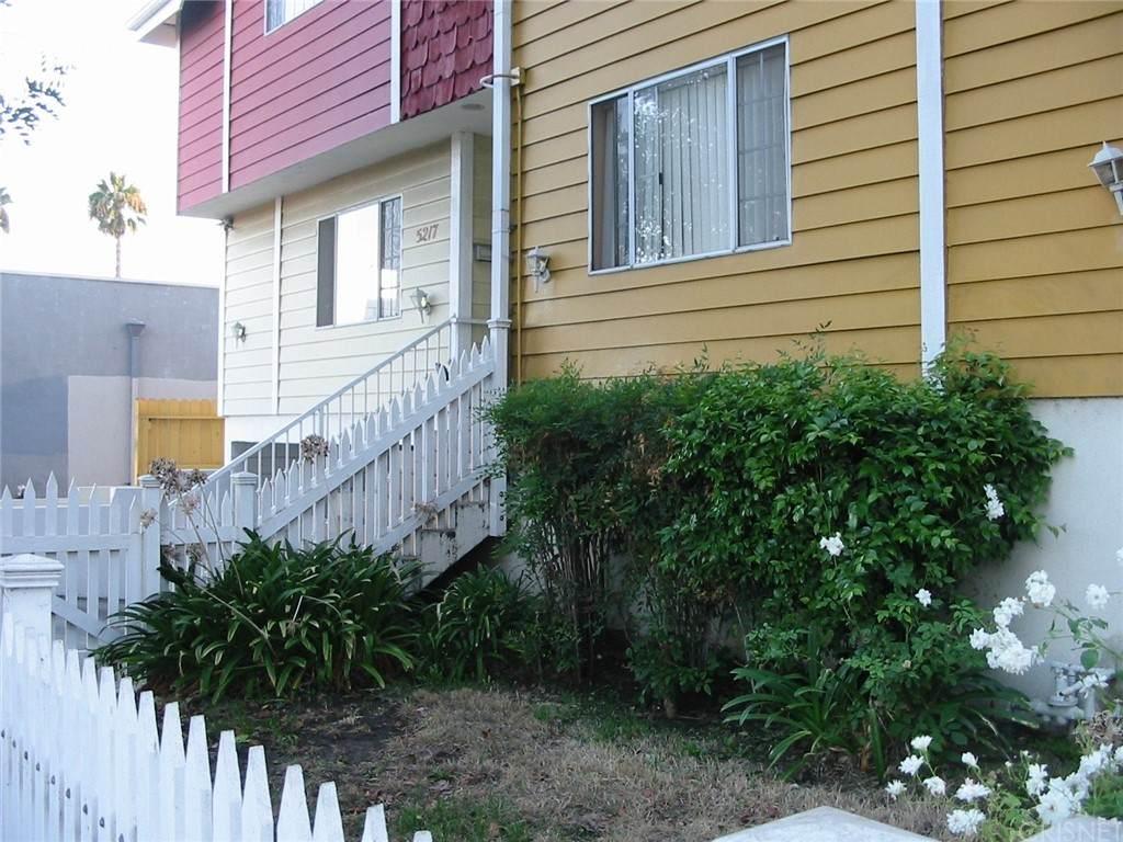 5217 Satsuma Avenue - Photo 1