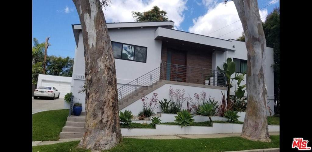 10331 La Grange Avenue - Photo 1