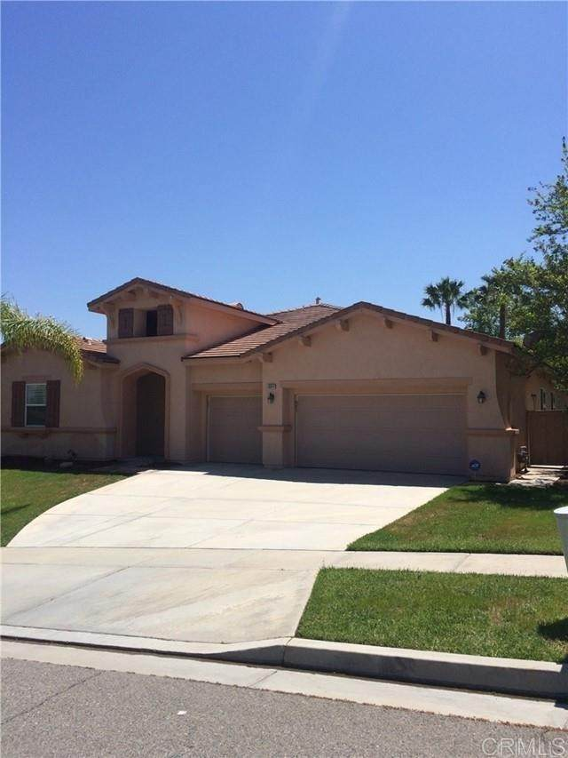 1664 Tamarron Dr, Corona, CA 92883 (#NDP2112116) :: Rogers Realty Group/Berkshire Hathaway HomeServices California Properties