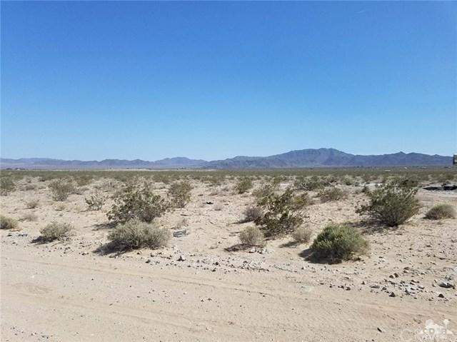 South Street, 29 Palms, CA 92277 (#217008684DA) :: Impact Real Estate