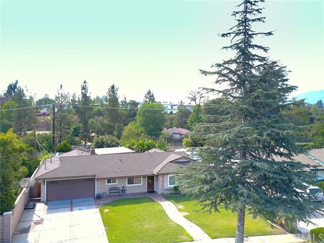 4215 Lynoak Drive, Claremont, CA 91711 (#CV17162433) :: Mainstreet Realtors®
