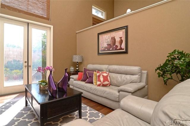 476 W Linden Drive, Orange, CA 92865 (#PW17203950) :: Z Team OC Real Estate