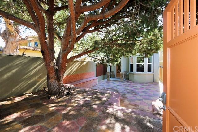 646 Rosecrans Avenue, Manhattan Beach, CA 90266 (#SB17263952) :: Keller Williams Realty, LA Harbor