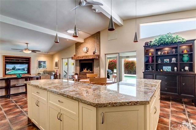 2285 Paseo Gracia, Palm Springs, CA 92262 (#218004346DA) :: Z Team OC Real Estate