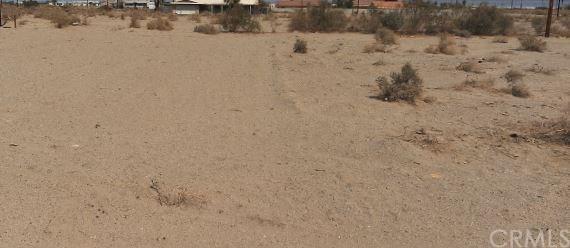 1080 Sea Wind Avenue, Salton Sea, CA 92274 (#IV18087386) :: RE/MAX Masters
