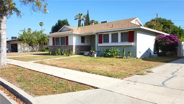 19156 Calvert Street, Tarzana, CA 91335 (#SR18122739) :: Fred Sed Group
