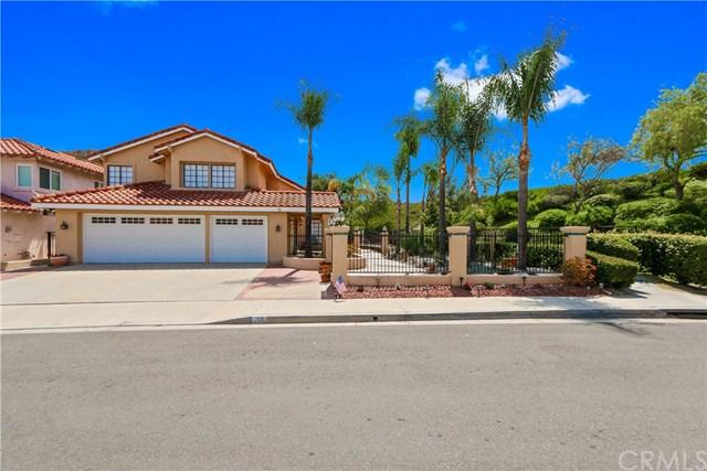 19 Via Honesto, Rancho Santa Margarita, CA 92688 (#OC18173767) :: DiGonzini Real Estate Group