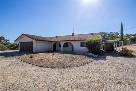 715 South Vine Street, Paso Robles, CA 93446 (#NS18184611) :: Pismo Beach Homes Team