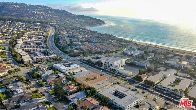 370 Palos Verdes, Redondo Beach, CA 90277 (#18374142) :: Team Tami