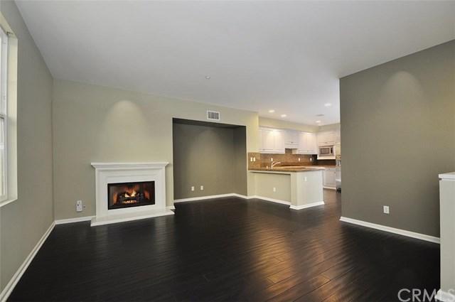 1800 Oak Street #103, Torrance, CA 90501 (#PV18220147) :: The Laffins Real Estate Team