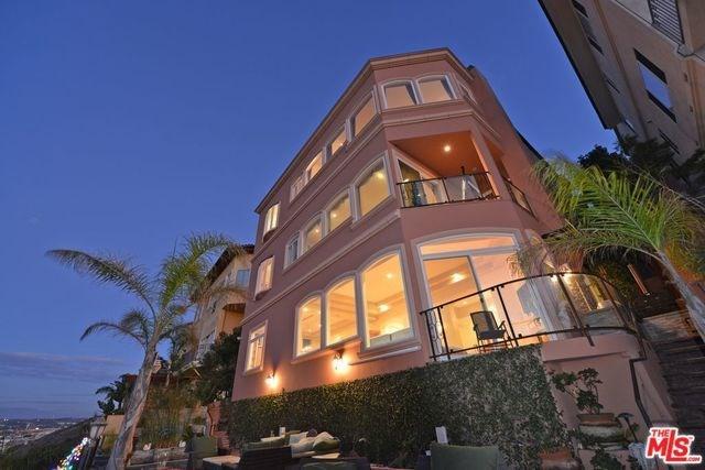 7755 Veragua Drive, Playa Del Rey, CA 90293 (#18392054) :: Team Tami