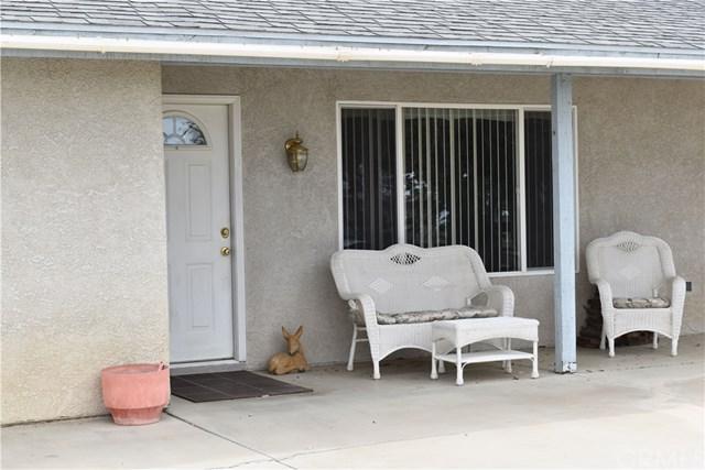 5437 Rancho Road, Phelan, CA 92371 (#EV18267177) :: Go Gabby