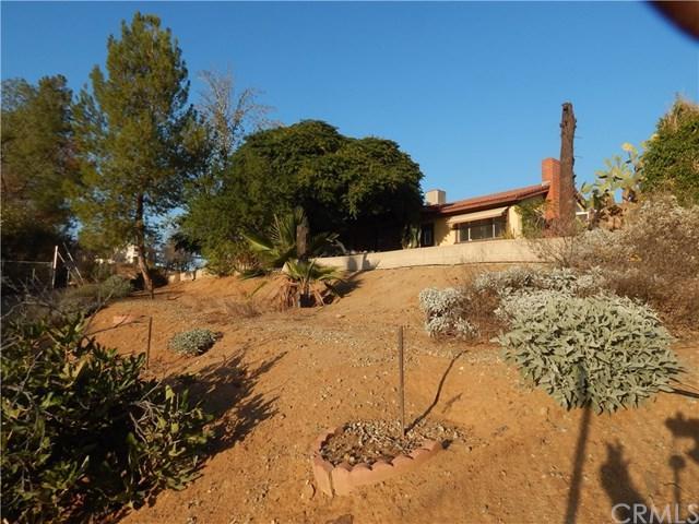 29540 La Pina Drive, Canyon Lake, CA 92587 (#EV18271447) :: RE/MAX Empire Properties