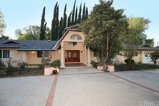 8353 White Oak Avenue, Northridge, CA 91325 (#SB18272556) :: Go Gabby